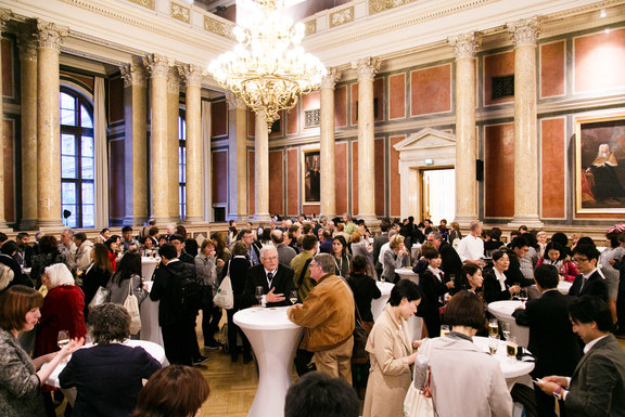 The beautiful Festsaal of the University of Vienna gives a wonderful atmosphere for the welcome reception.